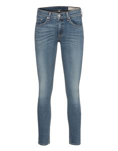 Skinny-Jeans im Capri-Cut Rag&Bone kreiert zeitlose Basics, die in keiner Garderobe fehlen dürfen!  Hüfthohe Skinny-Jeans im trendy Capri-Cut aus einem soften Baumwoll-Stretch-Material in blauer Waschung.  Einfach perfekt für's Daily Styling...