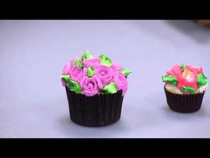 CAKE DECORATING TECHNIQUES - HOW TO WRITE / PIPE LETTERS WITH ROYAL ICING & BUTTERCREAM DEMO - YouTube