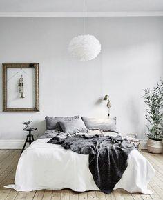 40 Minimalist Bedroom Ideas   Light Grey