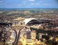 1961: La Défense CNIT et construction de la tour Esso