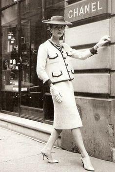 Vintage Chanel 1960