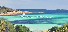 Genieße den Frühling auf #Sardinien inmitten unberührter Natur. Der weiße #Sandstrand und das glasklare Meer laden zum Verweilen ein. 7 oder 14 Übernachtungen im Hotel Eurovillage Club inkl. Fährenfahrt ab 519,- € pro Person #justaway #travel #sun #beach #badebegeisterte
