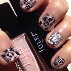 NOTD Pink and Black lace manis with Julep Jules and Cleopatra stamped with MDU Pink and Black. #NOTD #nails #nailart #Mdu #mani #manicure #ManiMonday #Julep #julepmaven #JulepJules