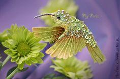 Броши ручной работы. Ярмарка Мастеров - ручная работа миниатюрная брошь - птица колибри. Солнце в листьях.. Handmade.