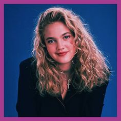 Drew Barrymore Style, Drew Barrymore 90s, Curly Hair Cuts, Curly Hair Styles, Long Curly Haircuts, 90s Makeup, Kids Sunglasses, 90s Hairstyles, Makeup Inspo