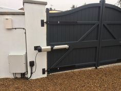 Increased centre rail on this electric gate for additional strength. Driveway Entrance, Electric Gates, Driveway Landscaping, Front Gates, Home Remodeling, Fence, Strength, Shed, Outdoor Structures