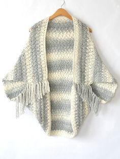 Easy grey and white fringed sweater crochet cacoon shrug from Mama In A Stitch #free pattern with Lion Brand Scarfie