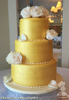 "Design W 0670 | Fondant Wedding Cake | 10""+ 8""+ 6"" 