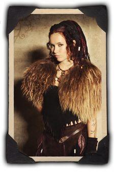 Jenny of Omnia - large faux fur paldrins