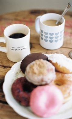 Currently Obsessing Over... Coffee + Donuts