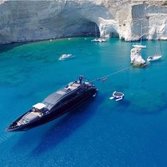 """Luxury Yatchs Mega Interior Lifestyle Design Most Expensive Boat 👉 Get Your FREE Guide """"The Best Ways To Make Money Online"""" Yacht Design, Boat Design, Yacht Luxury, Luxury Travel, Super Yachts, Big Yachts, Buy A Boat, Yacht Party, Yacht Boat"""