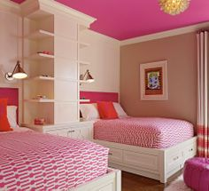 Love the pink ceiling