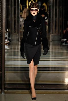 Gareth Pugh - LFW Fall/Winter 2016-2017 - so-sophisticated.com