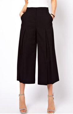 Stylish Wide-leg Black Cropped Pants For Women