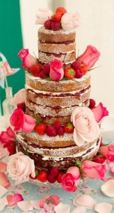 Cakes - Weddbook - Strawberry