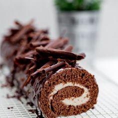 Rolada czekoladowa z kremem kasztanowym Candy, Chocolate, Meat, Christmas, Food, Winter, Sweet, Beef, Yule