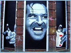 East side gallery: Hele vette muurschilderingen van straatartiesten.