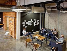 How has Vertrue Utilized the Open Office Layout Design? Office Lounge, Open Office, Office Meeting, Casual Meeting, Small Office, White Office, Staff Meetings, Office Reception, Meeting Rooms