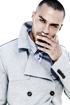 Jesse Williams, love his character on Grey's Anatomy... Seriously ... Like hottest thing I have EVER seen