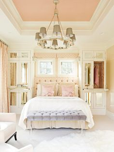 I think this pink ceiling would be fabulous in a little girl's room- elizabeth kimberly