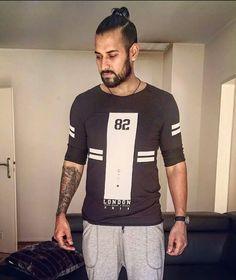 Punjabi Men, Image Hd, Picture Photo, Hair Cuts, Men Sweater, Handsome, Celebrities, Sweaters, Mens Tops