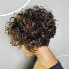 Short Stacked Bob with Voluminous Curls One of the sassiest ways to wear your naturally curly hair is in a short, stacked bob with lots of loops and volume on top and in the back. Each curl is… Short Curly Bob, Haircuts For Curly Hair, Curly Hair Cuts, Short Hair Cuts, Short Permed Hairstyles, Latest Hairstyles, Perms For Short Hair, Bob Haircut Curly, Curly Inverted Bob