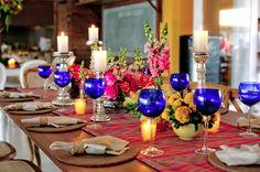 Mesas reservadas no casamento caseme | Foto: Marina Fava