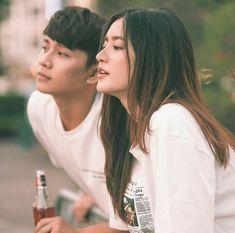 Pinterest : Lê Đặng Thục Hân. Cute Couples Goals, Couples In Love, Couple Goals, Wedding Photography Poses, Couple Photography, Portrait Photography, Korean Couple, Best Couple, Ulzzang Couple