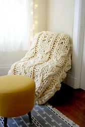 Ravelry: amaliachimera's Giganto Supercable Blanket!