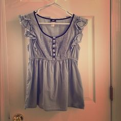 H&M ruffled tank Like new, worn a few times. Great condition. H&M Tops Blouses