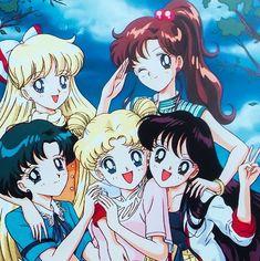 Usagi x Mamoru obsessor. Sailor Jupiter, Sailor Moon Usagi, Sailor Moon Art, Sailor Moon Crystal, Sailor Venus, Tuxedo Mask, Old Anime, Anime Manga, Anime Films