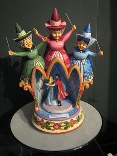 "FAUNA, FLORA, MERRYWEATHER, AURORA & PRINCE pHILIP ~ Sleeping Beauty   ""A Dance for Dreamers"" music box, Jim Shore."