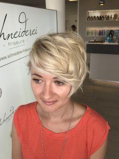Blonde hair short haircut Short Haircut, Trends, Short Cuts, Haircuts, Blonde Hair, Short Hair Styles, Shaving Machine, Barber Salon, Hair Stylists
