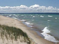 Saugatuck / Douglas Cottage Rental: An Exclusive, Upscale, Retreat On The Coast Of Lake Michigan Lake Michigan, Saugatuck Michigan, Michigan Vacations, Michigan Travel, State Of Michigan, Northern Michigan, Michigan Water, Holland Michigan, Wisconsin Dells