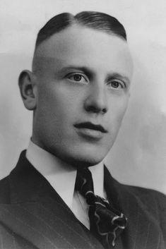 Oorlogsslachtoffer, Tilburg, Tweede Wereldoorlog, Geef de oorlog een gezicht! Regionaal Archief Tilburg, Wiki Midden-Brabant Leo, Lion
