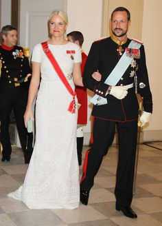 Crown Princess Mette-Marit of Norway Photos - Queen Margrethe II of Denmark Celebrates 40 Years on The Throne - Celebratory Service - Zimbio