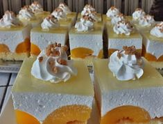 Krémes barackos szelet - Ez Szuper Hungarian Recipes, Hungarian Food, Dairy, Dessert Recipes, Food And Drink, Cheese, Cake, Hungarian Cuisine, Kuchen