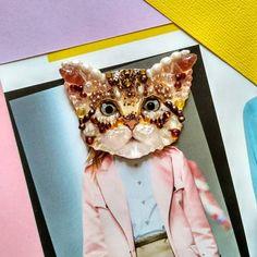 Жемчужный котенок. размер 5.5х5см. #котенок #котоброшь #котики #cat #kitty #brooch #handmadebrooch #pearl #fashiondetails #акценты #яркаябижутерия #украшениясхарактером #украшениясживотными #ручнаяработа #дизайн #весна