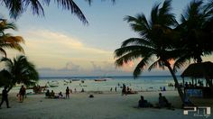 #HangingOut with da' crew.  #Akumal #AkumalBeach #pixlr #beachtime #Caribbean #Caribe #CaribbeanSea #MexicanCaribbean #boats #wavesfordays #waves #Sunset #heavenonearth #cloudscape #visitMexico #beach #travel #tourism #MexicoTravel
