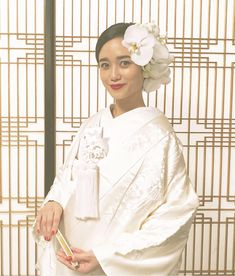 Wedding Prep, Wedding Hats, Wedding Dresses, Wedding Photo Images, Japanese Wedding, Japanese Style, Traditional Wedding Attire, Tea Party Hats, Japanese Hairstyle
