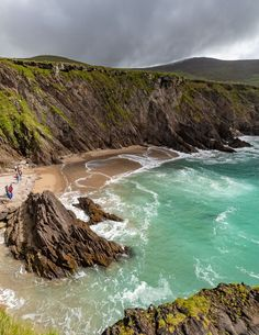 Best Beaches In Ireland, Ireland Places To Visit, Ireland Beach, Beautiful Places To Visit, Backpacking Ireland, Ireland Travel Guide, Ireland Landscape, Beach Landscape, Places To Travel