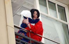Michael Jackson's Baby-Dangling Incident  - Cosmopolitan.com