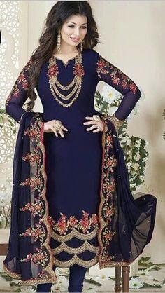Indian Attire, Indian Wear, Panjabi Suit, Punjabi Suits Designer Boutique, Neck Designs For Suits, Punjabi Dress, Free Gems, Embroidery Suits, Pakistani Outfits