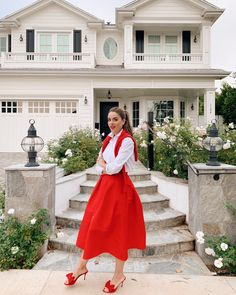 Four Different Winter Looks that Add a Pop of Red Estilo Preppy, Estilo Retro, Winter Looks, Winter Style, Style Personnel, Full Skirts, Red Skirts, Gal Meets Glam, Looks Chic