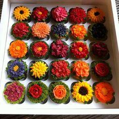 garden buttercream cupcakes by arti cakes