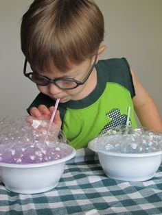 visit this site for fun toddler craft ideas!