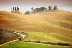 I would like to present some small area in the middle of Italy . It's Tuscany – the most idyllic and rural place which I've visited. I explored this amazing area about 8 years ago.