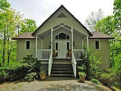 3 Bedroom Wooded ViewVacation Rental in Gatlinburg from @homeaway! #vacation #rental #travel #homeaway