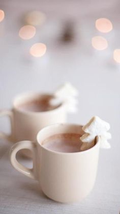 """AIP Sugar Cookies & Hot """"Cocoa"""" // Click through for AIP friendly, dairy free hot chocolate recipe Noel Christmas, Christmas Treats, Winter Christmas, Christmas Cookies, Christmas Coffee, Christmas Morning, Christmas Biscuits, Simple Christmas, Christmas Flatlay"""