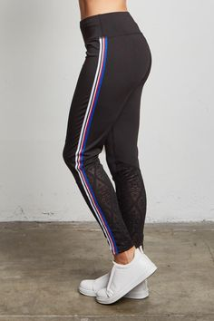 STYLE # 183578 Web Exclusive COLOR WAVES JUNIORS CONTRAST STRIPE LEGGINGS $14.99 Athleisure Trend, Athleisure Fashion, Striped Leggings, Online Marketing, Make Your Own, Contrast, Waves, Sporty, Stylish